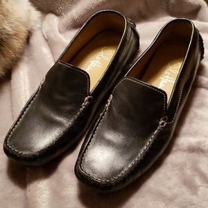 Cole Haan black leather loafers EUC 7